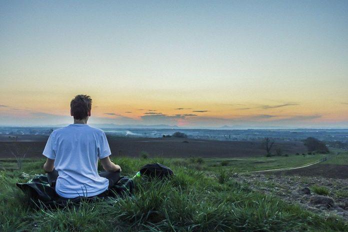 Man-mediterar