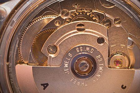 Automatisk-mekanisk-klocka