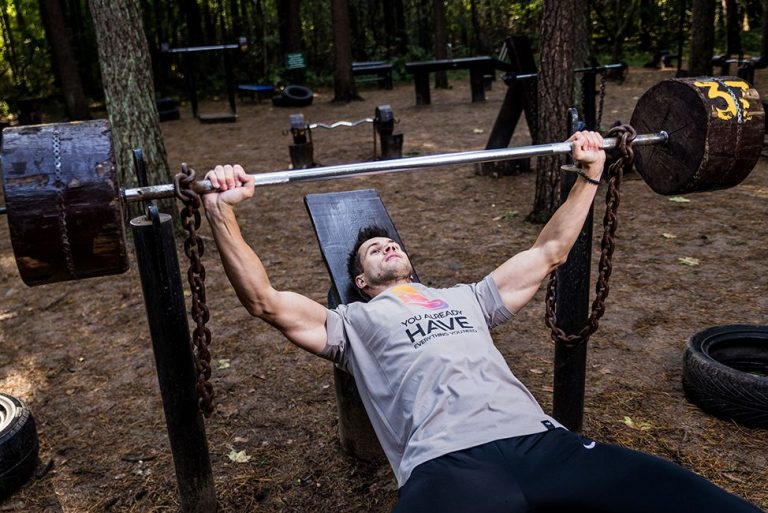 Gå upp i vikt snabbt – 12 tips som ger dig resultat [Steg-för-steg guide]